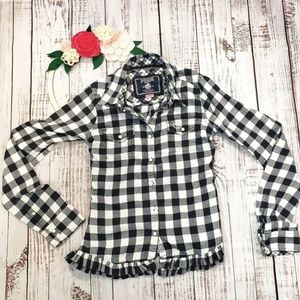 PINK VS Black and White Flannel Buttondown Shirt
